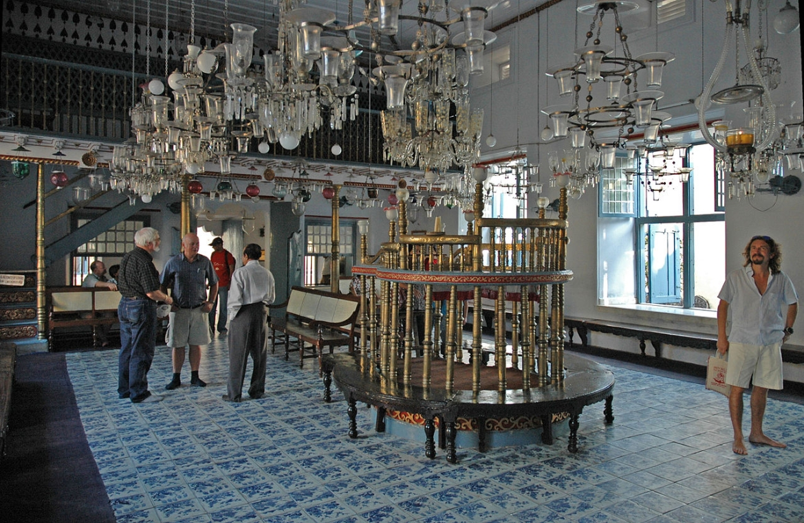 Interior of the Paradesi Synagogue