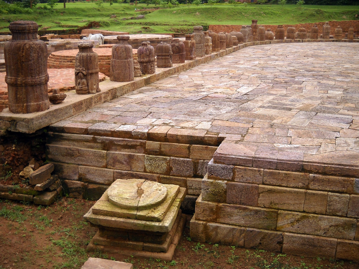The multiple mini stupas