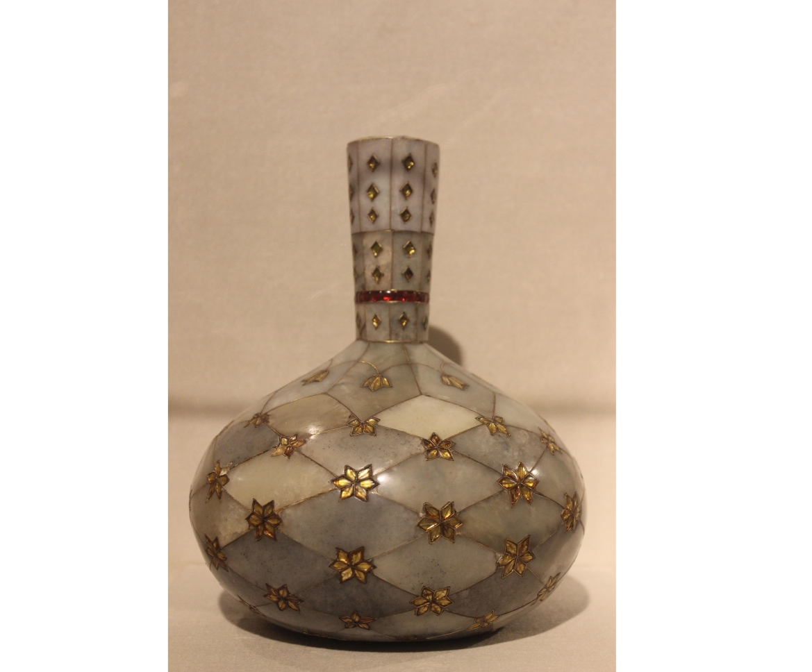 Mughal surahi with inlay work, 18th Century CE