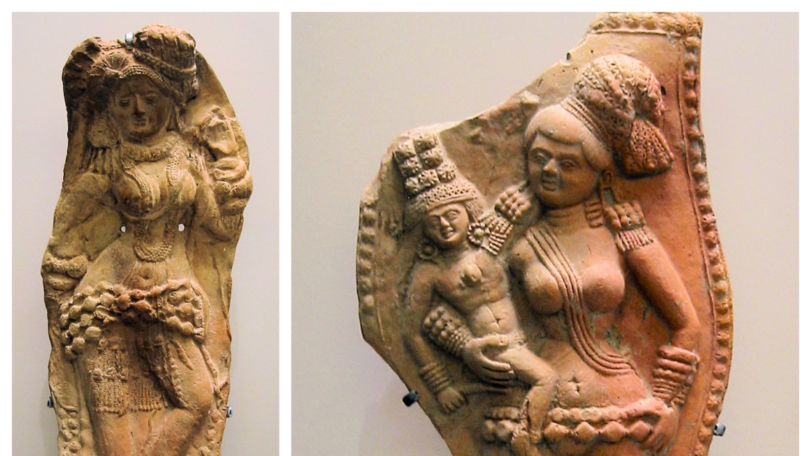 Sculptures found at Chandraketugarh