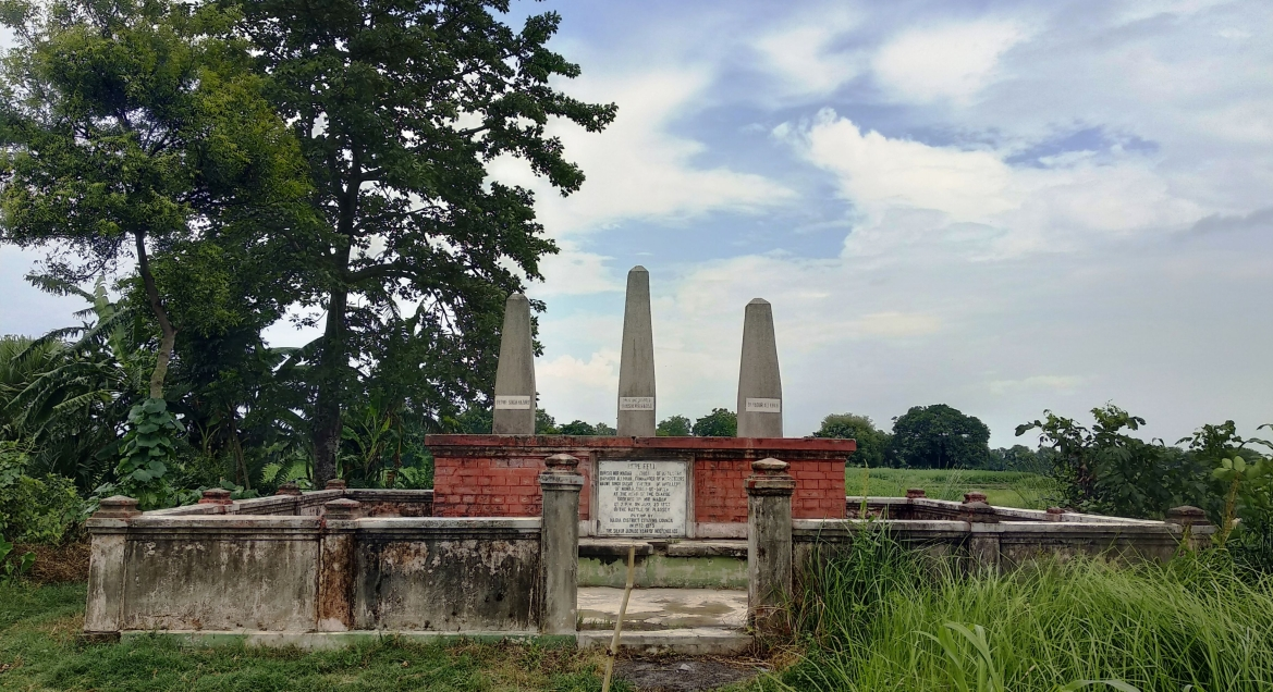 A set of three Obelisks of martyr Mir Madan, Nauwe Singh Hazari and Bahadur Khan were erected near Plassey battlefield (1972-1973) by the Nadia District Citizens Council