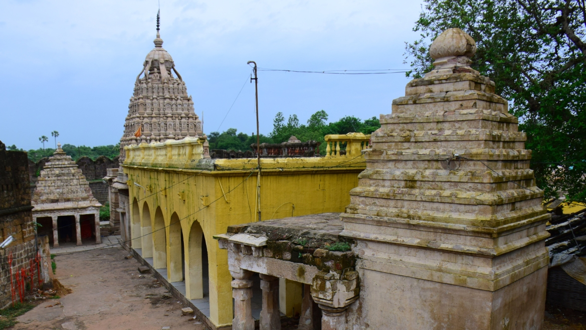 Anchaleshwar temple