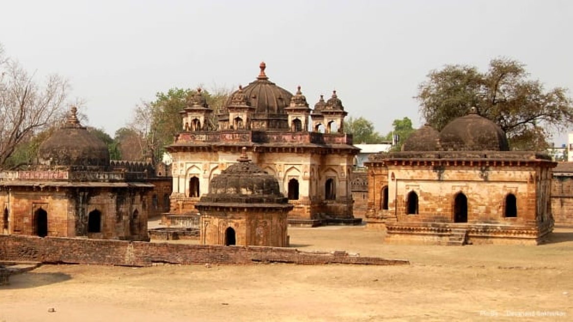 Tomb of Gond kings and queens