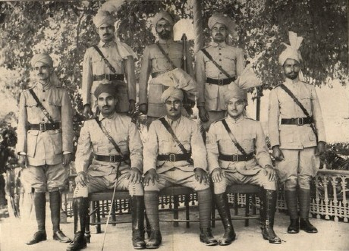 Khaksars in uniform