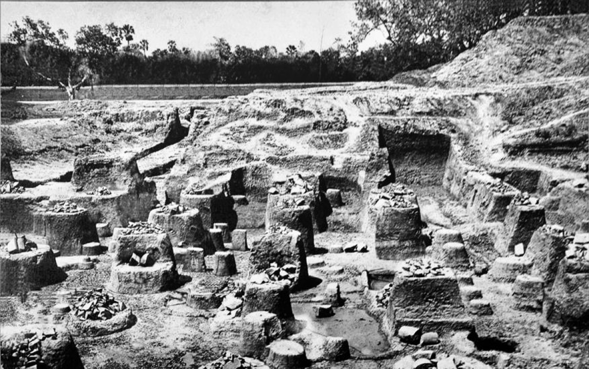 Ruins of the pillared hall at the Kumhrar site of Pataliputra