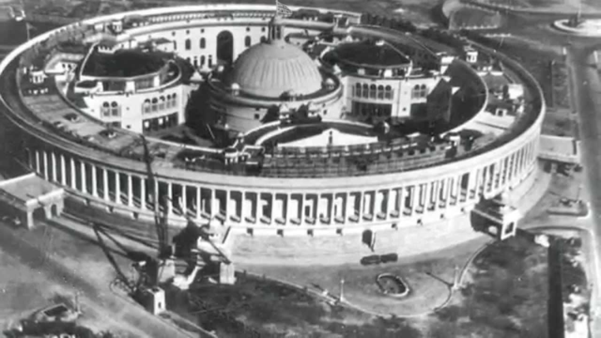 Parliament House when it was built