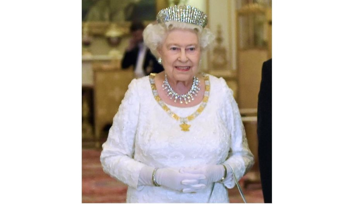 Queen Elizabeth II, wearing Shinde designed necklace