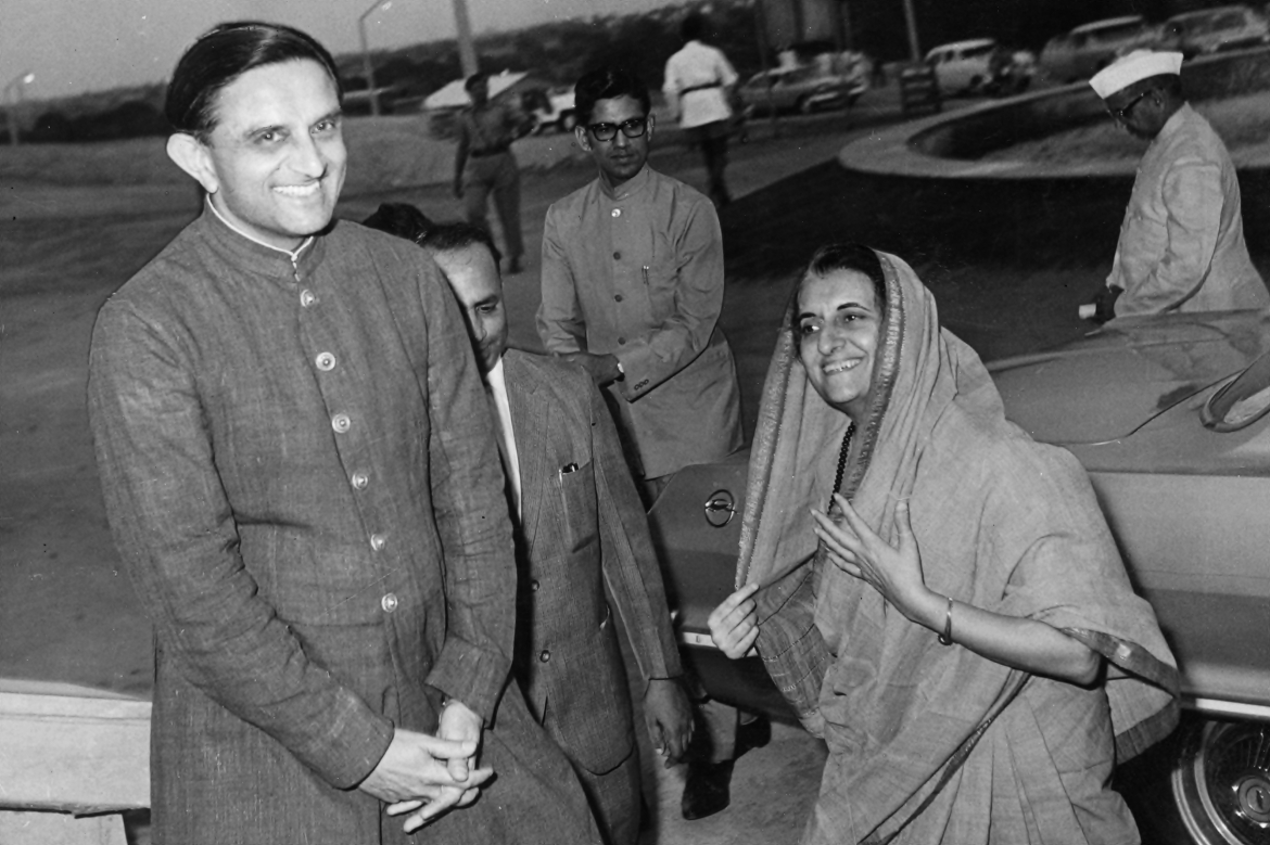 Vikram Sarabhai and Prime Minister Indira Gandhi during the latter's visit to the Experimental Satellite Communication Earth Station (ESCES) in Ahmedabad