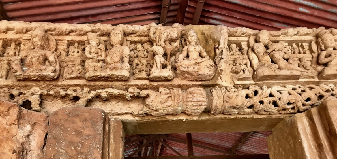 Carvings of Gaja Lakshmi and Ganesha