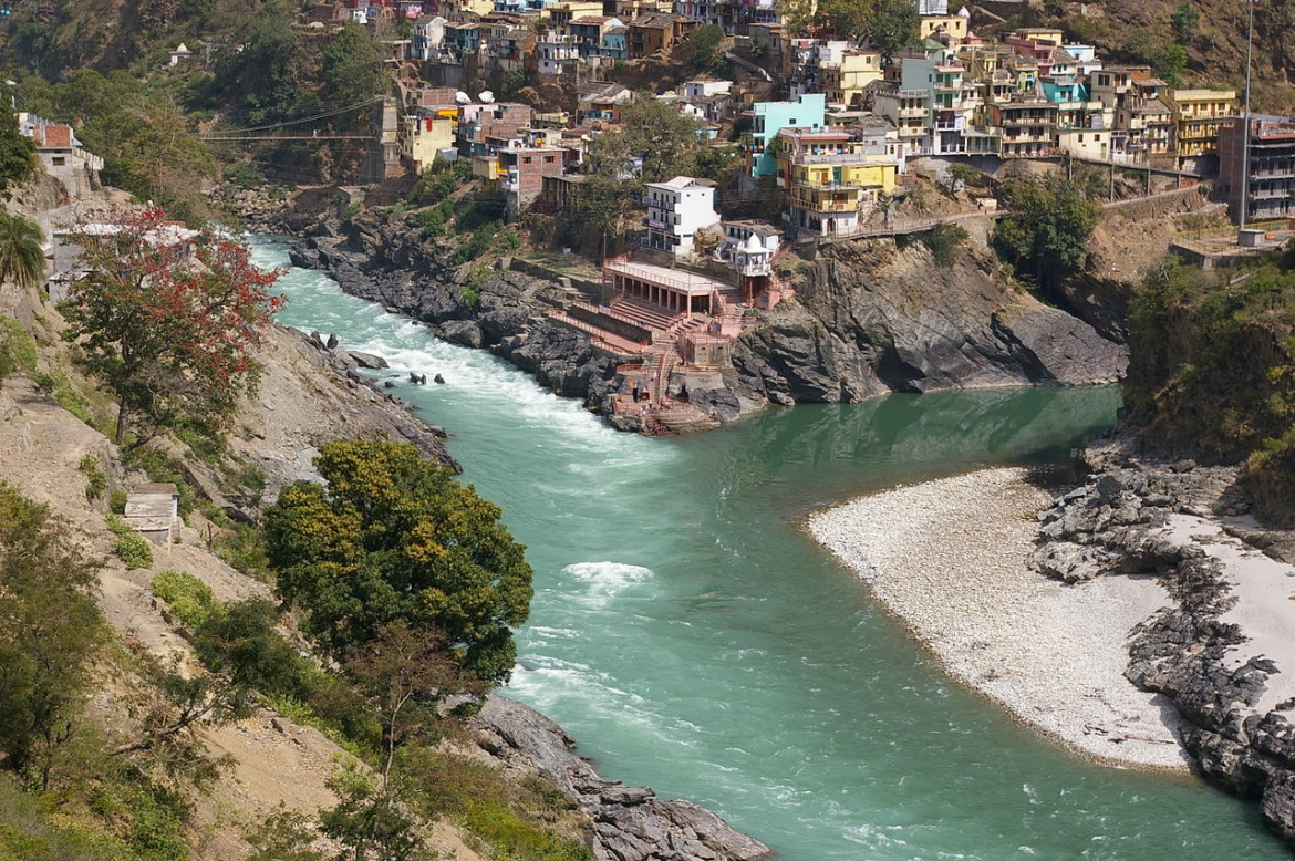 Devprayag, confluence of Alaknanda (right) and Bhagirathi (left) some rivers, beginning of the Ganges proper.