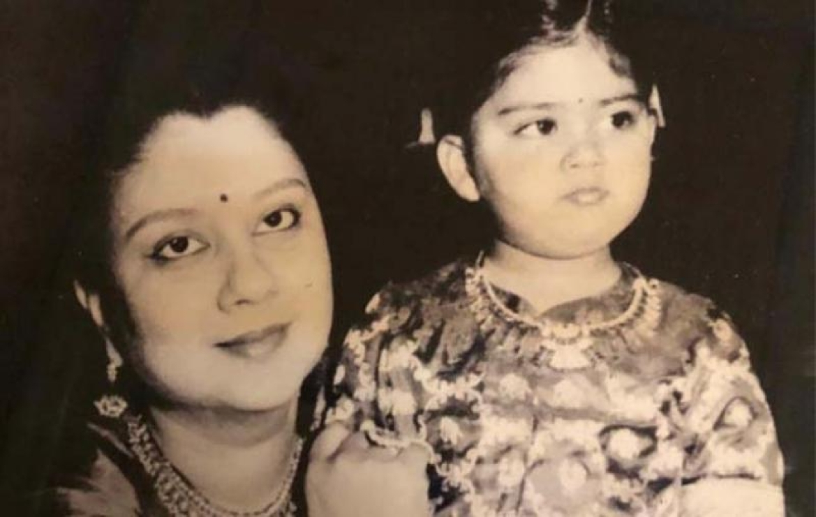 Vijayaraje with her daughter Vasundhara Raje Scindia