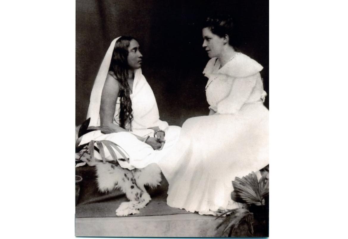 Sister Nivedita with Sarada Devi (left), the spiritual consort of Ramakrishna Paramhansa