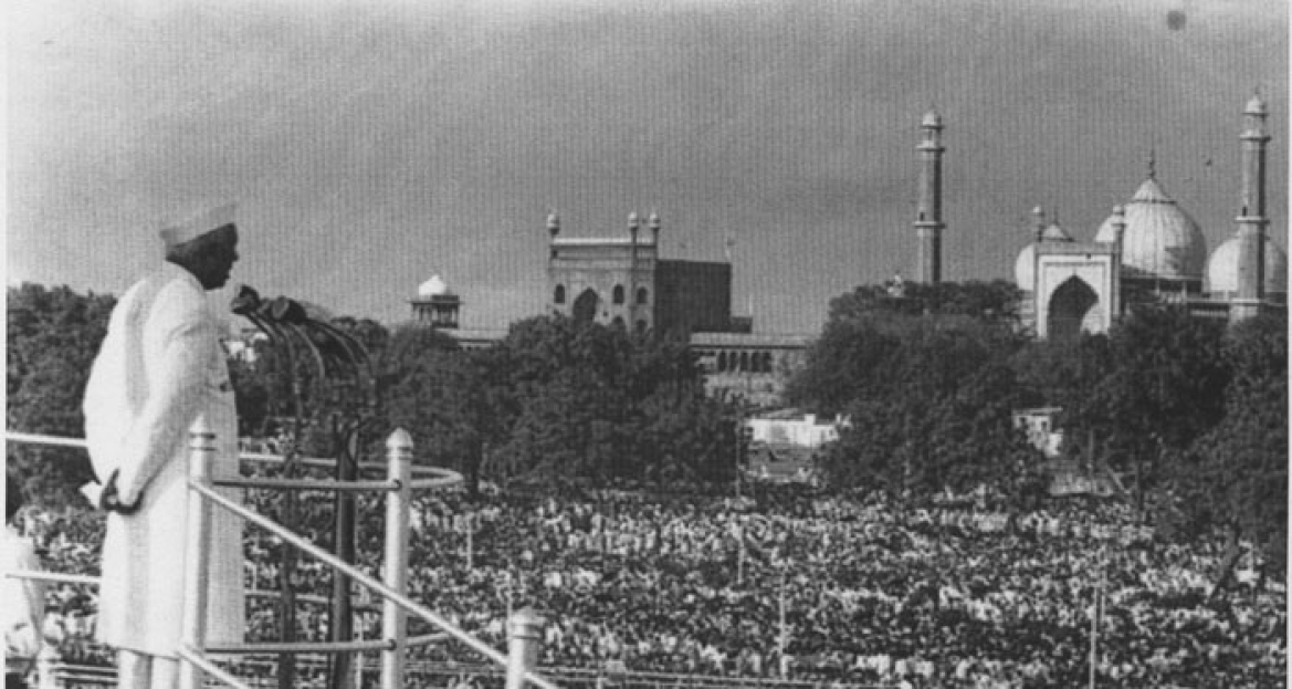 Pandit Jawaharlal Nehru addressing the nation from Red Fort, 1947