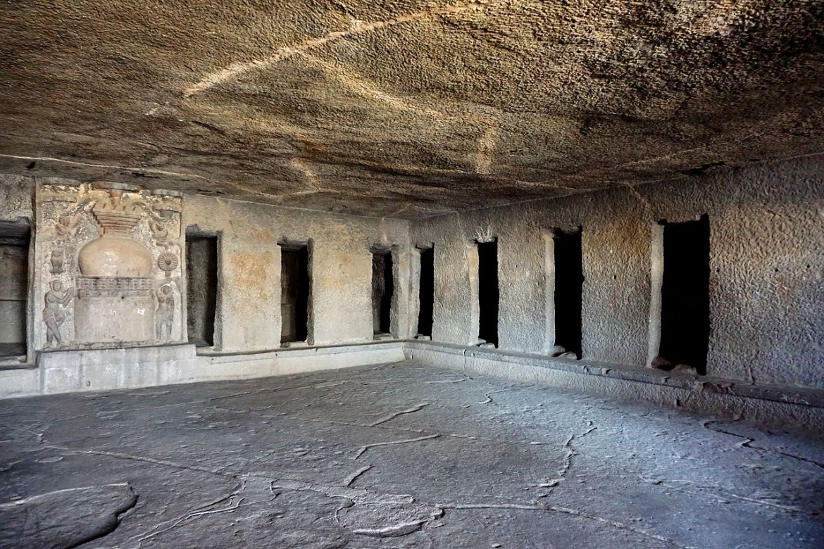 Near Nashik, Cave No.3 of Pandavleni Caves was built by Queen Gotami Balasiri during the reign of Pulumavi, and also received a dedication by Pulumavi himself.