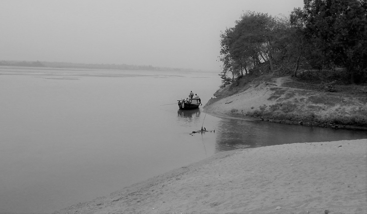 Damodar River, where the duo was spotted