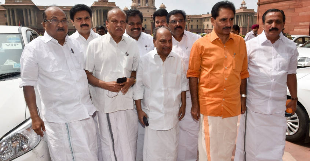 Antony says Rajnath Singh assured all support to Kerala