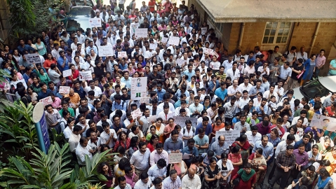Doctors go on a 24 hour strike to protest NMC Bill; Hospitals affected nationwide