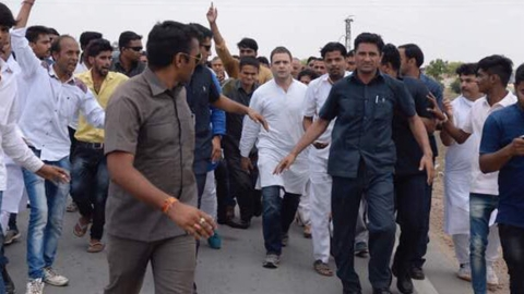 Police detain Rahul Gandhi from entering violence-hit Mandsaur