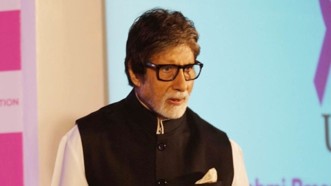 Amitabh Bachchan, a man who keeps up with the times