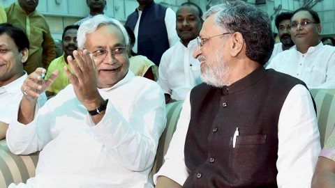 Nitish saga: Couplets, songs that did the rounds on Twitter