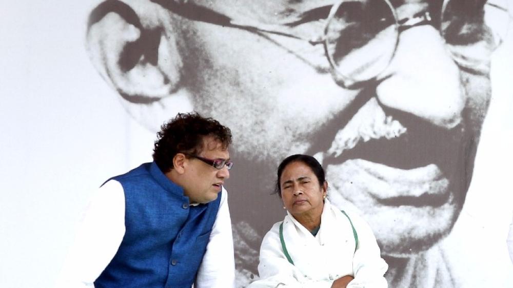 Trinamool Congress Party chief Mamata Banerjee with Derek O'Brien during an election rally at Ramlila Maidan in 2014.
