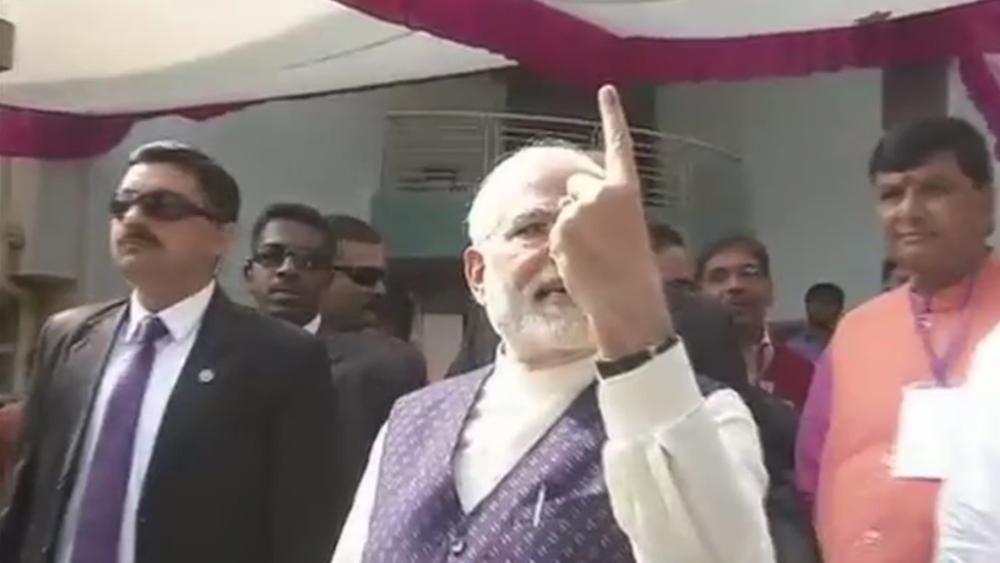 Prime Minister Modi casts vote in Sabarmati's Ranip