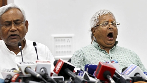 Bihar: As special status clamour grows, Lalu blames Nitish, JD(U) hits back