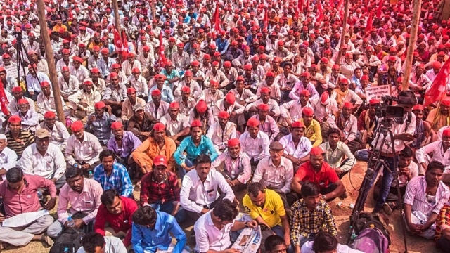 Farmers who walked nearly 200 km from Nashik to Mumbai in blazing heat to place their demands before the Maharashtra government, in state capital Mumbai on March 12, 2018
