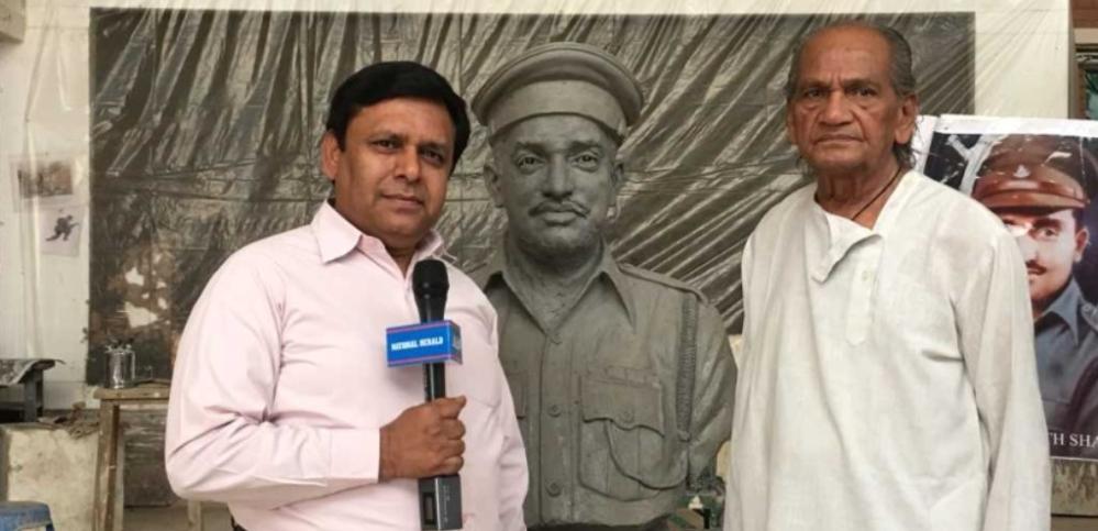 Sculptor Ram Sutar