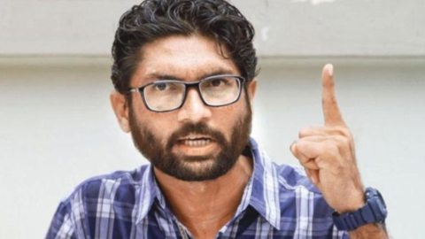 Jignesh Mevani stopped from speaking on Ambedkar