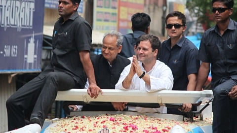 Rahul: Karnataka elections between society unifiers vs society breakers