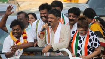 DK Shivakumar (centre), senior Karnataka Congress leader and newly elected MLA, who won his seat Kanakapura with the second highest margin in the state