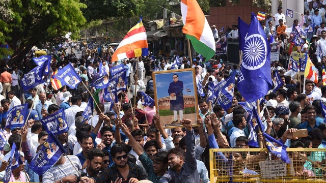 File photo of Dalits protesting against a Supreme Court order related to SC/ST Act in Lucknow