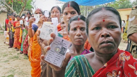 Bengal queues up to vote in Panchayat elections