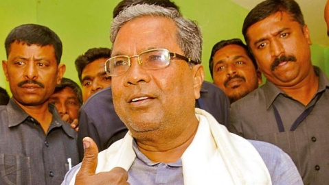 Siddaramaiah mocks 'poll of polls', asks party workers to relax