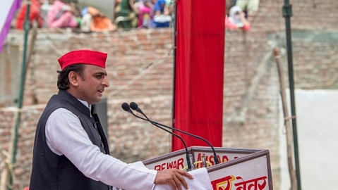 Akhilesh: Governors, government, media are campaigning for BJP