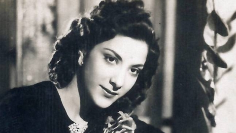Nargis: Remembering Tinseltown's 'lady in white'