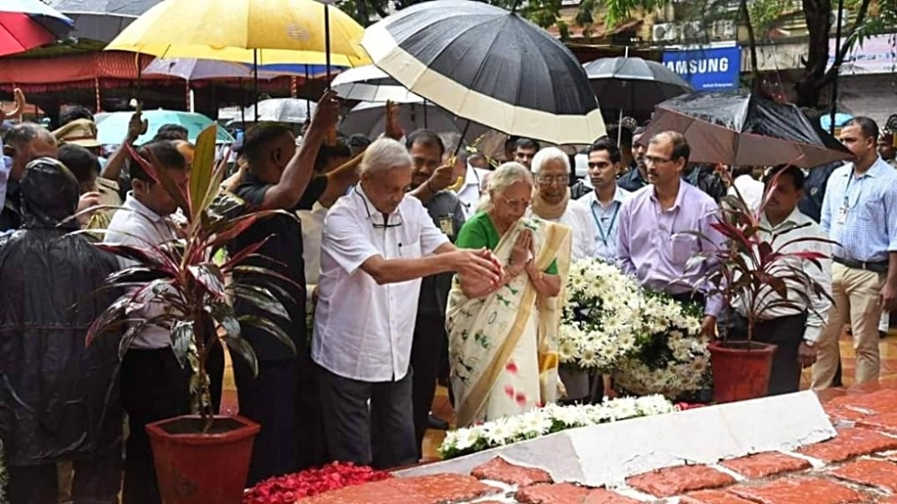 Goa Chief Minister Manohar Parrikar and Governor Mridula Sinha pay tributes to the freedom fighters and martyrs of Goa's liberation struggle, in Panaji on Goa Revolution Day, June 18, 2018