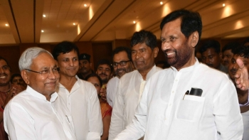 Bihar Chief Minister Nitish Kumar and LJP chief and Union Minister Ramvilas Paswan during a get-together for NDA allies in Patna on June 7, 2018