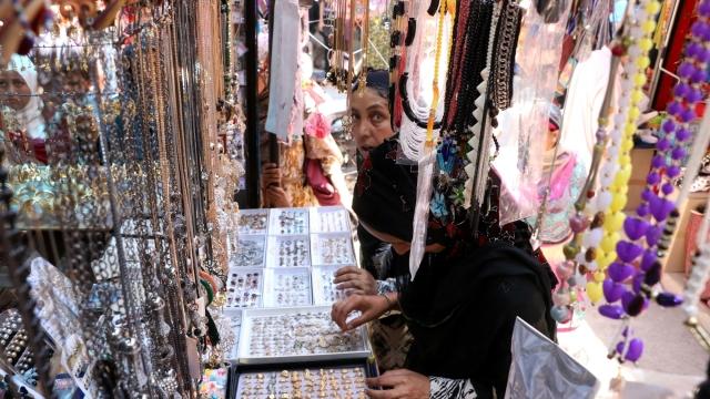Women busy shopping ahead of Eid in Srinagar