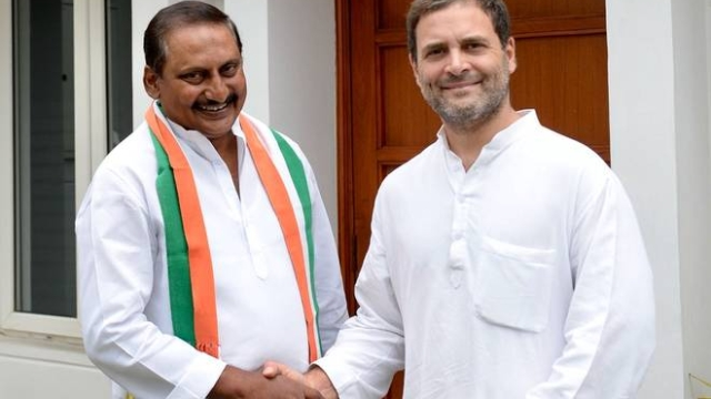 Former Andhra Pradesh Chief Minister N Kiran Kumar Reddy with Congress president Rahul Gandhi after rejoining the party in New Delhi on July 13, 2018.