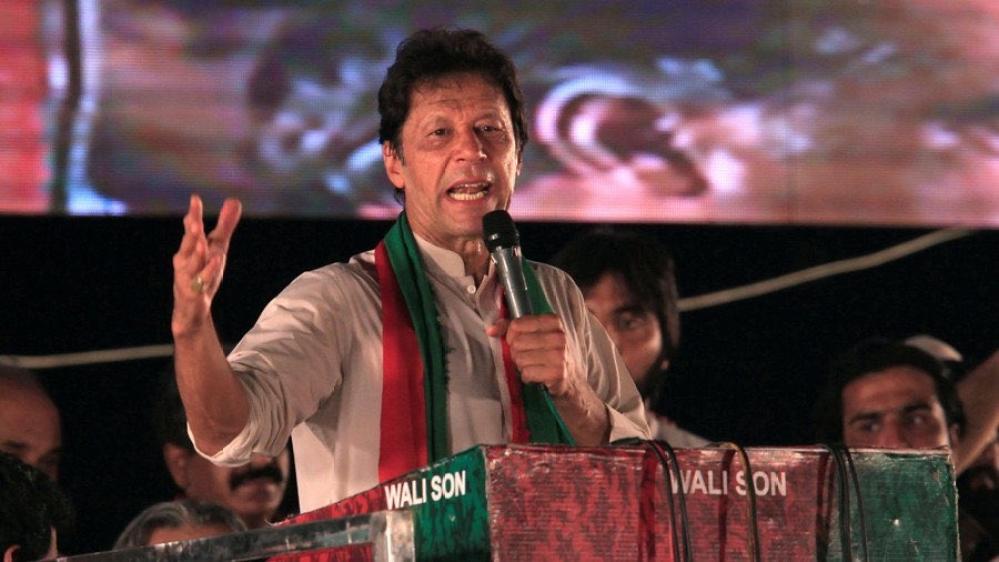 Pakistan Tehreek-e-Insaf leader Imran Khan (file photo)