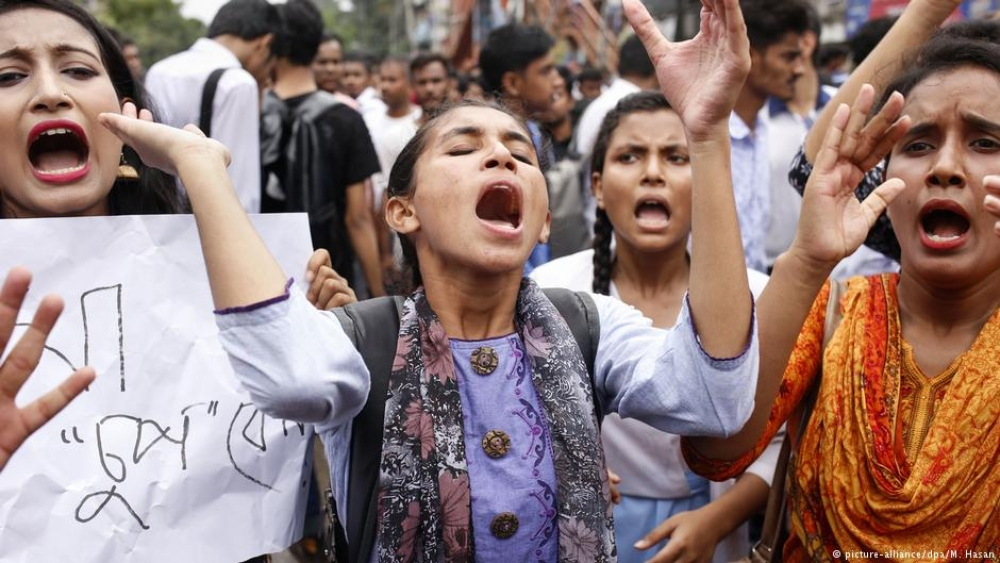 A week of student protests in Bangladesh culminated with police clashing with students on the streets of Dhaka on Saturday, August 4