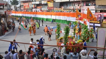 A 360 metre-long tricolour during Kanwar yatra in Muzaffarnagar, Uttar Pradesh