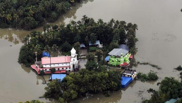 केरल बाढ़ में मौत तांडव