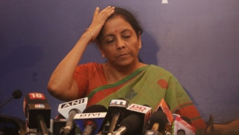Defence Minister Nirmala Sitharaman addresses a press conference at the Indian Women's Press Corps in New Delhi on September 18, 2018