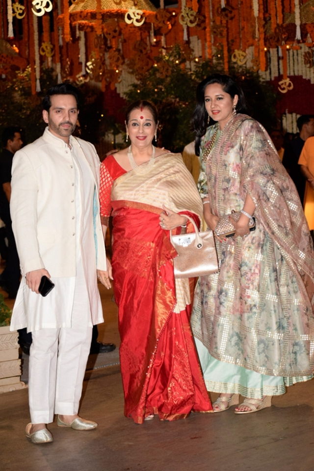 Photos: Bollywood stars celebrate 'Antilia che Raja' Ganesh Chaturthi at Mukesh Ambani's bash