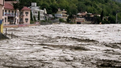 Rains pound Uttarakhand, schools to remain shut