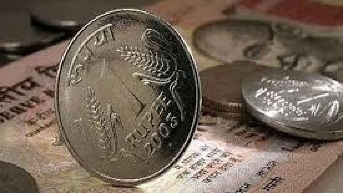 Rupee slips below 74/USD level in early trade amid mounting fears of coronavirus-led slowdown