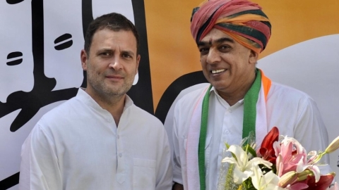 BJP leader Jaswant Singh's son Manvendra joins Congress